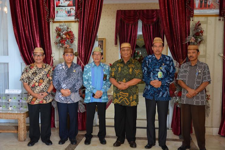 Ketua PTA dan Wakil Ketua PTA Gorontalo Kunjungi Gubernur Gorontalo