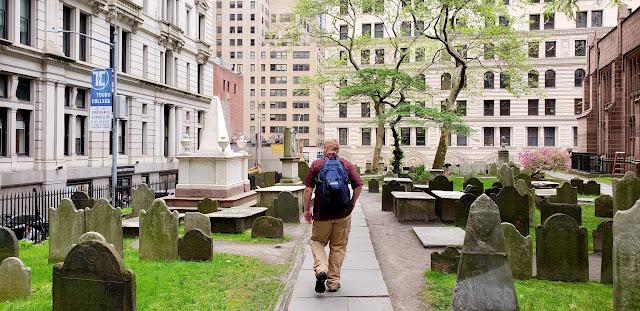 Wandering around Trinity Church Cemetery