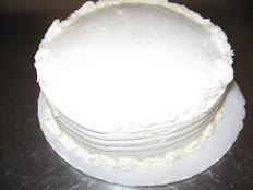 "Vanilla Cake with Vanilla Butter Cream 2 layer 9"""