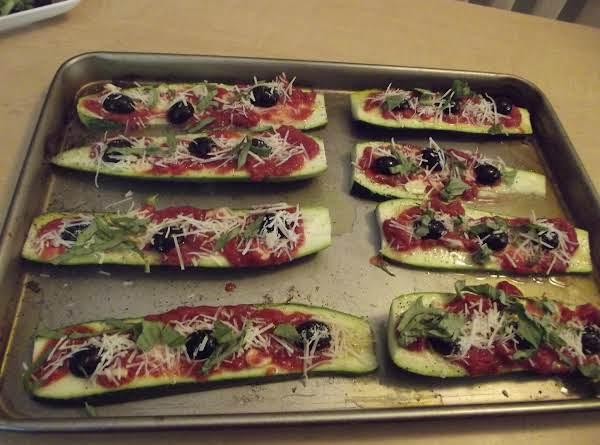 Zucchini Pizza's Recipe