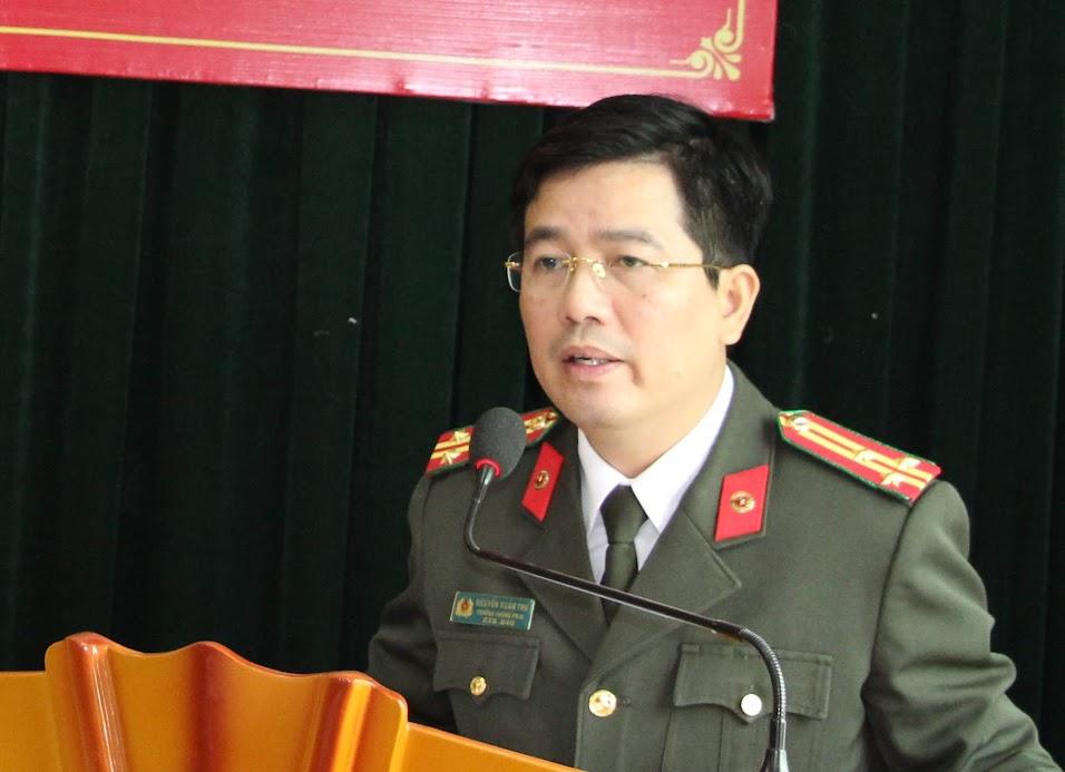 Đồng chí Thượng tá Nguyễn Xuân Thư – Trưởng phòng Báo Công an Nghệ An điều hành hội nghị