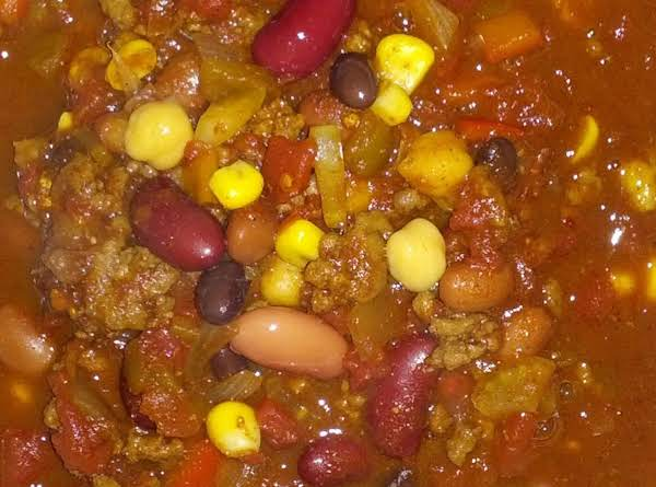 This Is A Fill You Up Chili, That's Perfect For The Big Game Day Gathering, Put Together With Some Of Your Bbq Leftover.  Meat, Corn On The Cob, Even Celery Sticks That Didn't Get Eaten.  It's A Crowd Pleaser And Your Family Will Love It!!!  Enjoy!