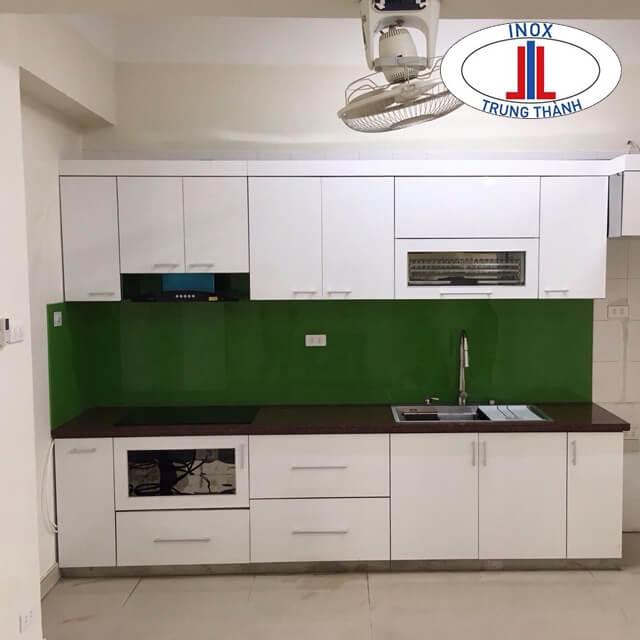Tủ bếp gia đình đẹp với đầy đủ kích thước và giá thành hợp lý.