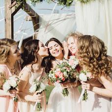 Wedding photographer Alena Muratova (inthread). Photo of 12.05.2017