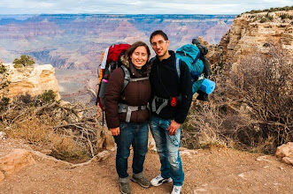 Photo: Daniele and Kait starting the South Kaibab Trail down the South Rim of Grand Canyon National Park, Arizona, USA