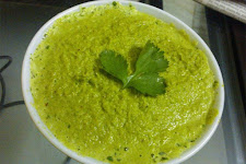Mint & Coriander Chutney with Coconut