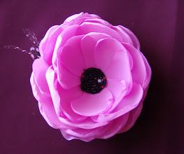 "Photo: Брошь-цветок ""Перис Хилтон """