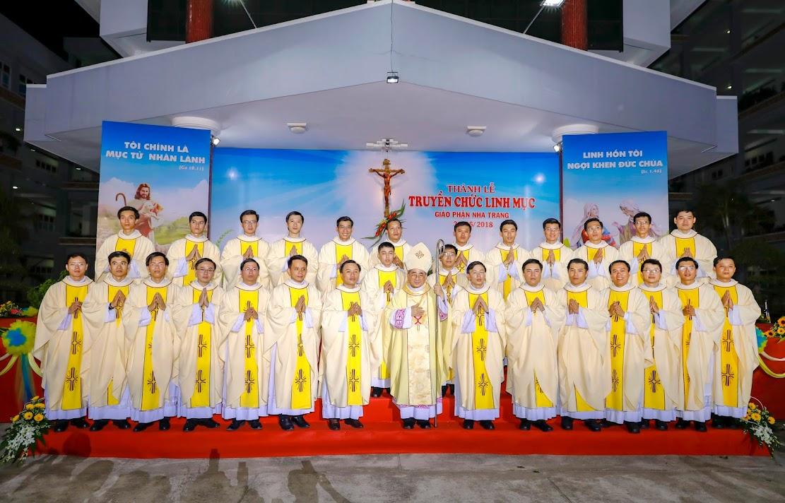 Gp. Nha Trang: Thánh Lễ Truyền Chức Linh Mục
