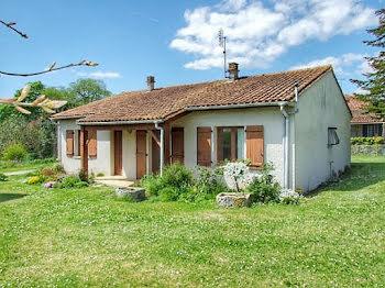 maison à Aubeterre-sur-Dronne (16)