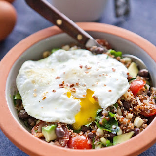 Southwest Quinoa Breakfast Bowl