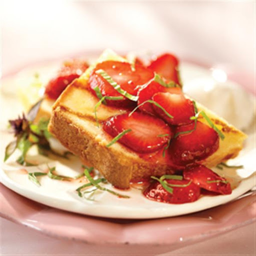 Balsamic Strawberries with Grilled Pound Cake