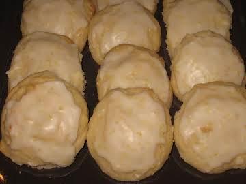 Italian Cookies With Lemon Glaze