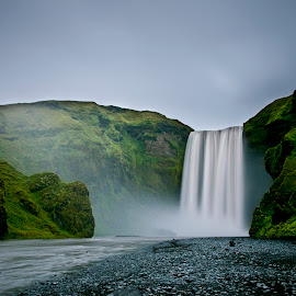 Skógafoss by Justin Koh - Landscapes Waterscapes ( iceland, waterfall, skógafoss )