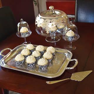 Really Moist Lemon Cupcakes for Lemon Lovers.
