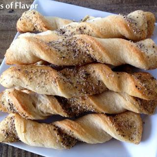Chia Garlic Breadstick Twists