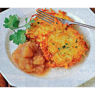 Bubbe's Potato Latkes with Homemade Applesauce