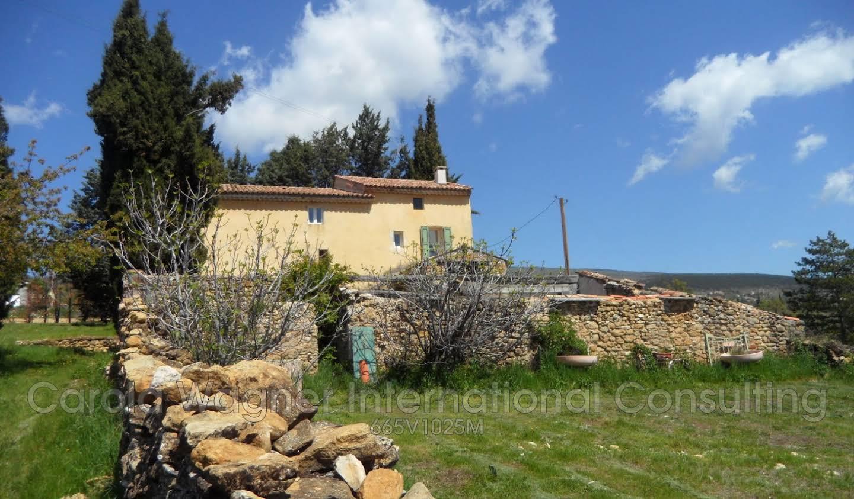 Villa avec terrasse Cruis