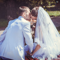 Wedding photographer Yuliya Lukyanova (Lukovka1981). Photo of 19.10.2014