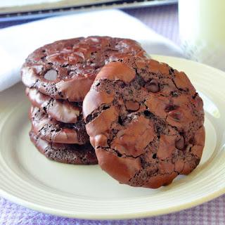 Gluten Free Chocolate Pavlova Cookies.