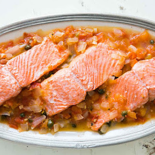 Salmon with Tomato, Onions, and Capers.