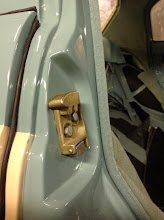 Photo: rear door lock detail