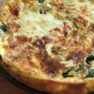 Easy Spinach and Gouda Cheese Quiche.