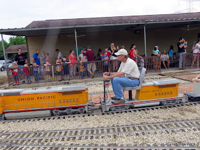 Photo: Mike Alexander with the light crowd in the station at 9:34 AM.    HALS Public Run Day 2015-0418 RPW