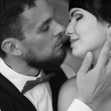Wedding photographer Mikhail Titov (titovross). Photo of 14.03.2017