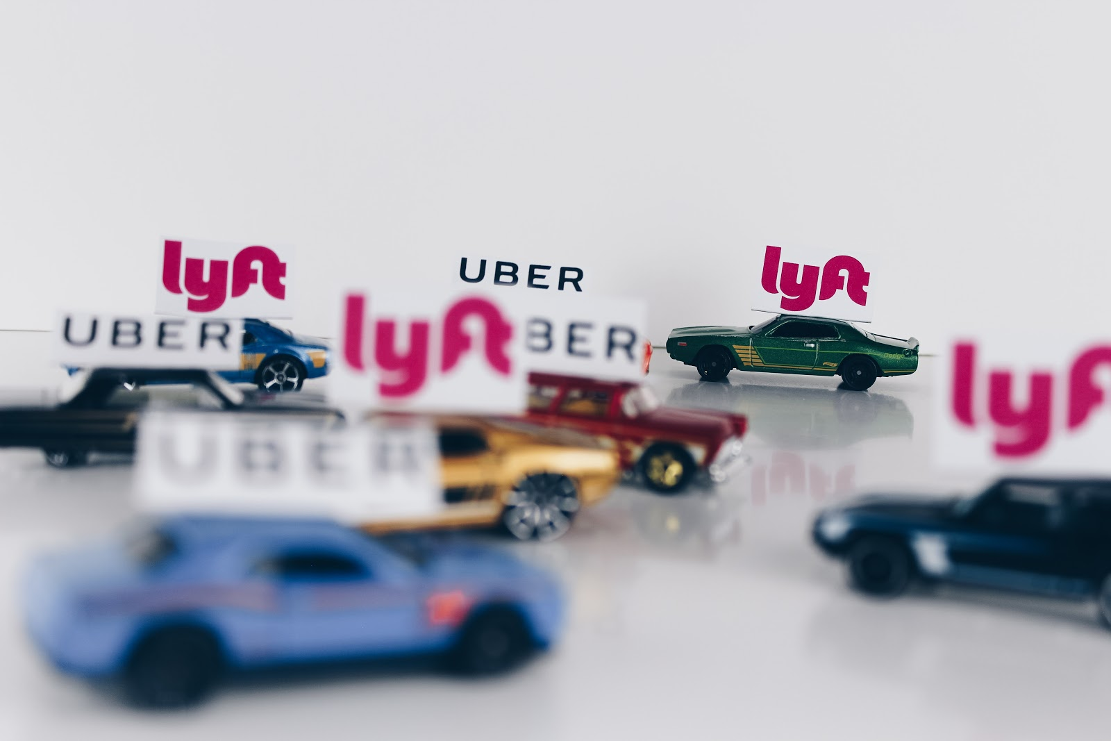 Uber, Lyft, 99/Didi e similares
