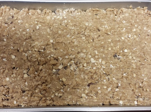 Combine brown sugar, flour, baking soda, salt, and rolled oats. Cut in butter with...