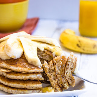 Healthy Low-fat Whole Wheat Banana Pancakes.