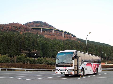 西鉄高速バス「フェニックス号」 9909 えびのPAにて その1