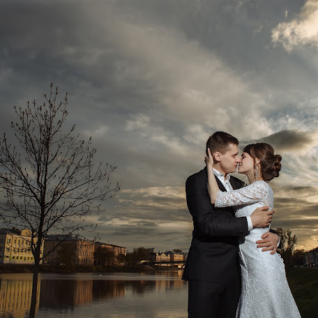 Wedding photographer Sobenin Grigoriy (GrigoriySobenin). Photo of 25.08.2017