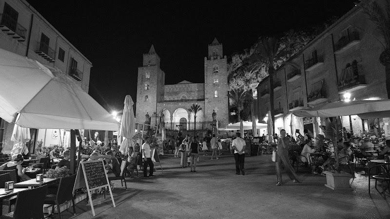 Piazza Duomo di Marinella39