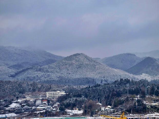黒崎から見た大森山