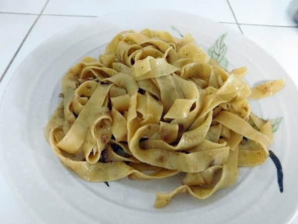 Anchovy & Garlic Pasta Recipe