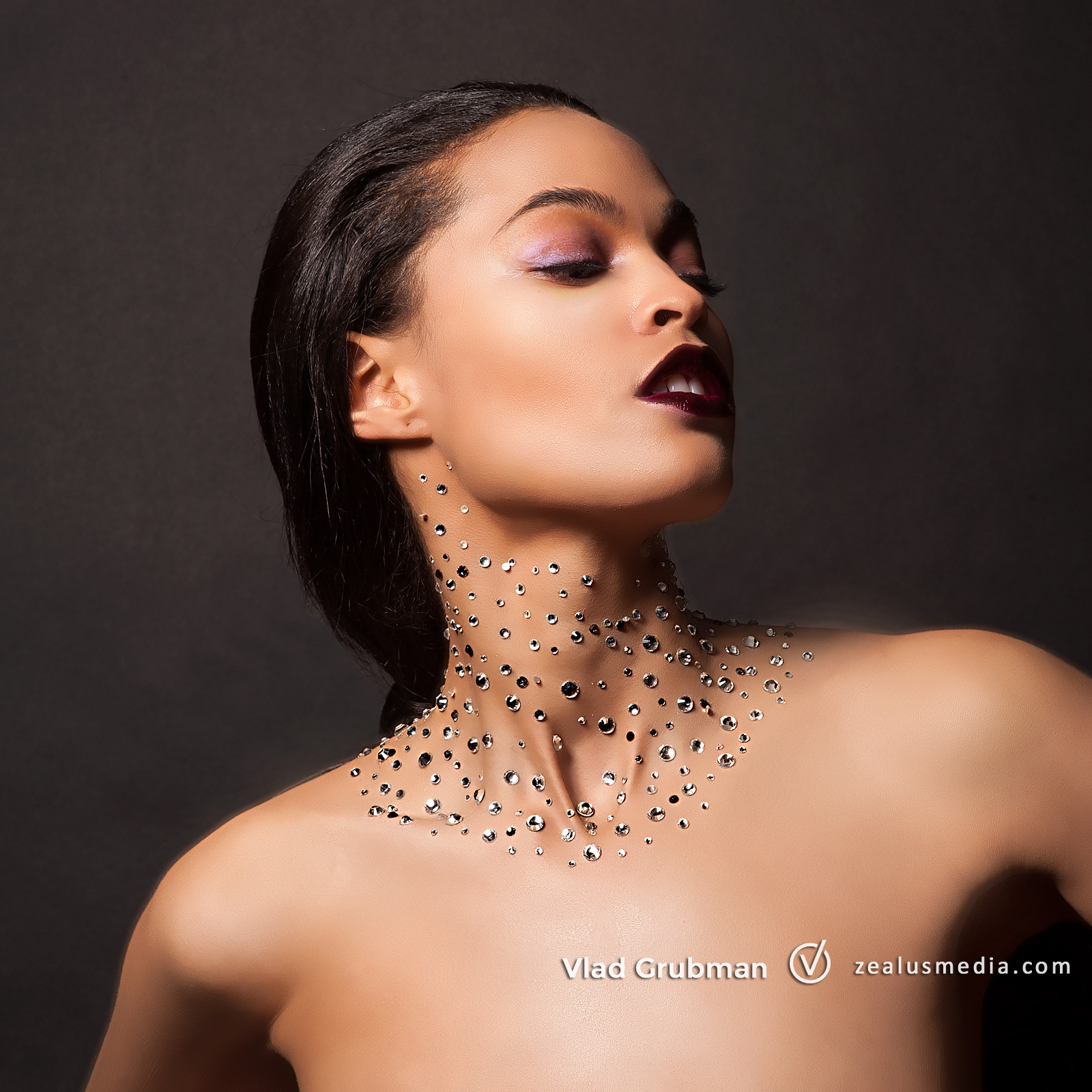 Creative portrait with crystals - photographer Vlad Grubman / Zealusmedia.com