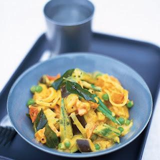 Vegan Super Easy Indian Vegetable Curry.