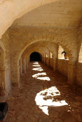 старинные коридоры