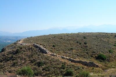 Остатки крепостной стены