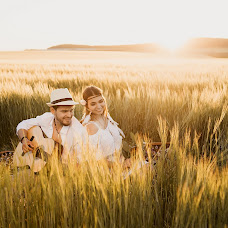 Wedding photographer Anastasiya Kosareva (Asheko). Photo of 23.07.2018