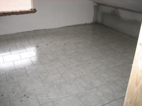 Alessia e marco home cellarengo ancora pavimenti e - Stuccare piastrelle bagno ...