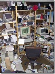messy_desk_contest_winner