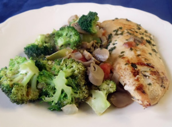 Serve chicken pieces with vegetable mixture spooned over top.  Per serving:  Calories 377; Total...