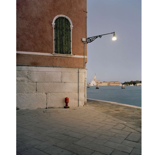Giovanni Cocco, At what time Venice close 5