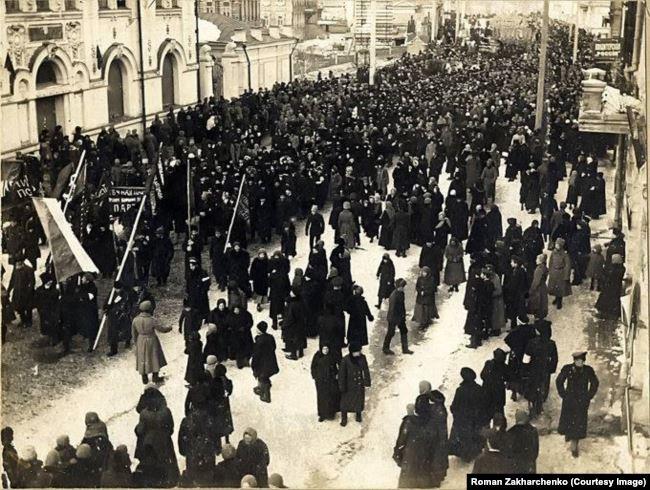 Українська репрезентація на Ново-Соборній площі Томська. 23 (10) березня 1917 року