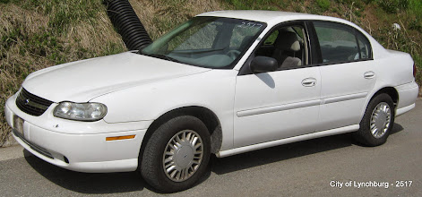 Photo: Lot 2 - (2517-1/5) - 2000 Chevrolet Malibu - 81,414 miles