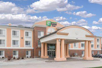 Holiday Inn Express and Suites Huntsville West Research Pk