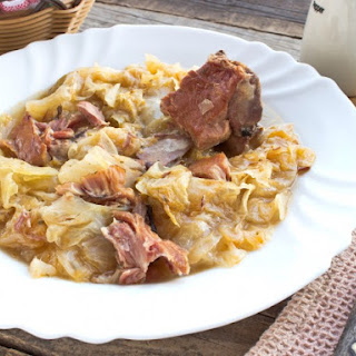 Slow Cooker Easiest Pork And Sauerkraut Ever