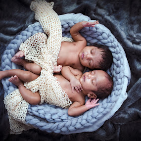 B R O T H E R S by Shashi Patel - Babies & Children Babies ( shashiclicks, shashi patel, twins, baby, photographer, newborn, india, kids )